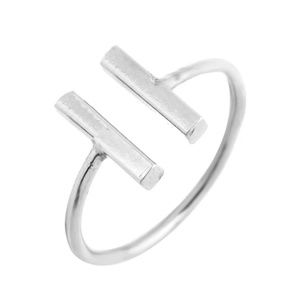 Jewelry - 🔥2 for $15🔥 Open Double Bar T Ring SILVER